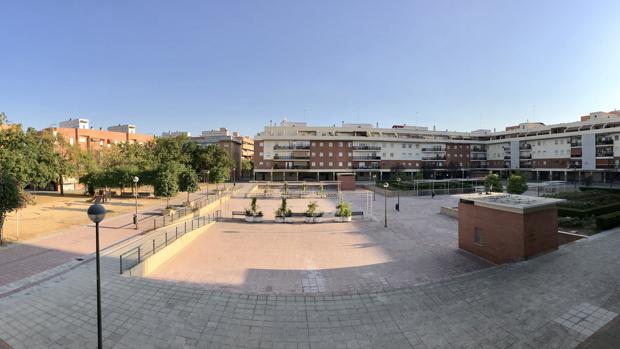 El parking de Triana está bajo la Plaza Pedro Santos Gómez