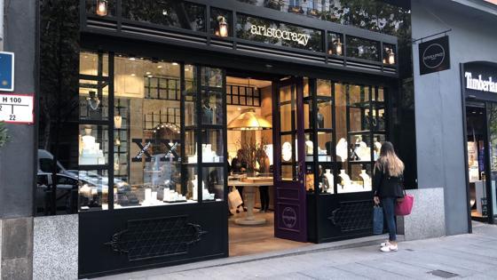 Tienda de la firma de joyas Aristocrazy en Serrano, que se suma también al Black Friday con un 30% de descuento en artículos seleccionados
