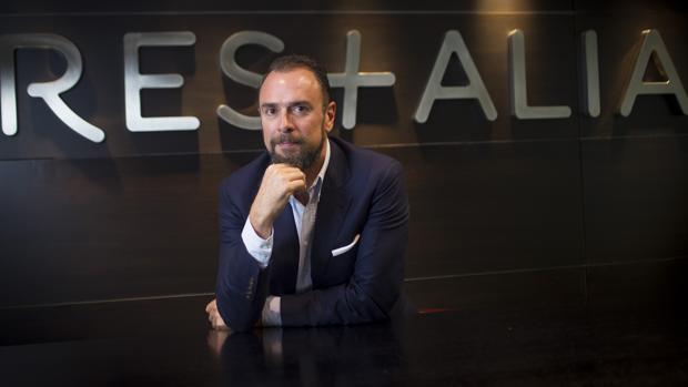 El empresario sevillano José María Fernández-Capitán, presidente y fundador de Restalia