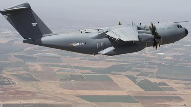 Imagen de un avión militar A400