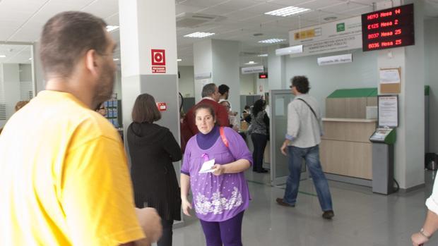 Uno de cada cinco nuevos desempleados en Andalucía en el mes de octubre era andaluz