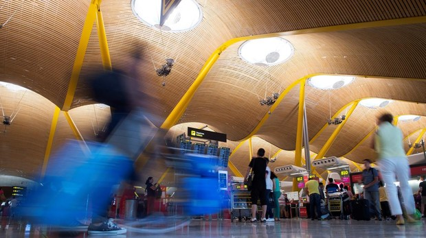 Mostradores del aeropuerto de Barajas