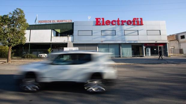 Almacén en Sevilla de Electrofil, una empresa de material eléctrico industrial y doméstico