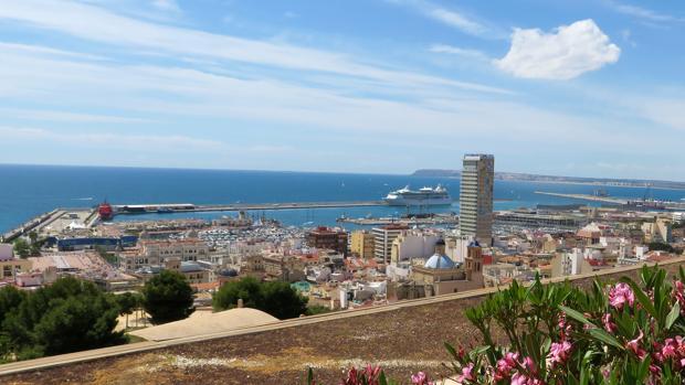 Los hoteles de la Costa Mediterránea y los insulares son los que más se han revalorizado en los últimos años
