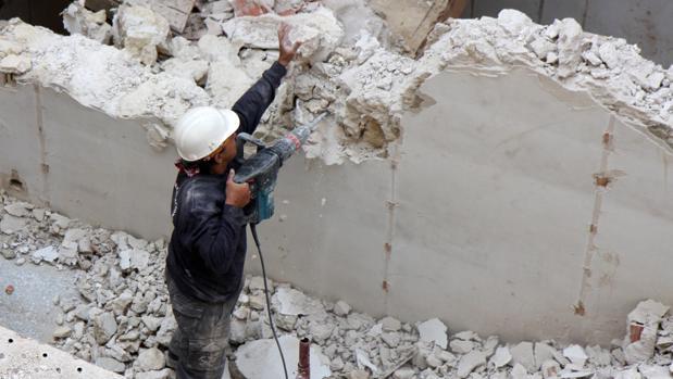 Actualmente trabajan en la construcción de Andalucía unos 194.000 trabajadores