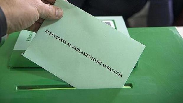 Las mesas electorales estarán abiertas este domngo en Andalucía entre las 9 y las 20 horas