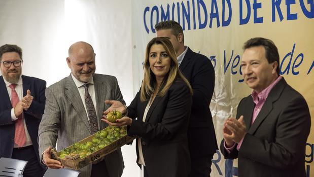 Susana Díaz en el acto con los regantes de Almería que ha sido objeto de sanción por la Junta Electoral Central
