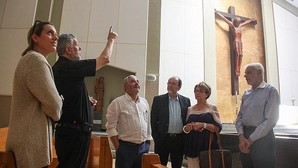 El secretario general de Las Edades, de visita ayer en la parroquia de Corpus Christi, en Miami