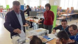 El PP de Mijas ofrece trabajo a un concejal de Podemos a cambio de apoyo en una moción de censura