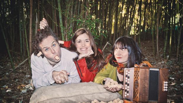 Imatge dels membres de la companyia Cuncurulla