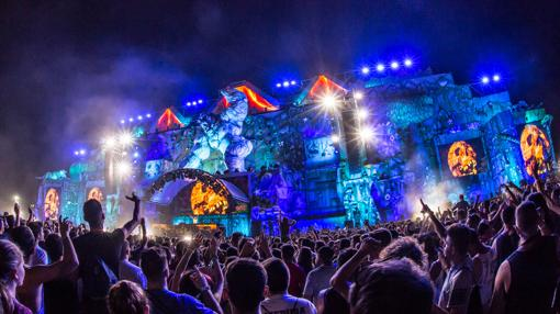 Imagen del escenario principal del Medusa Sunbeach Festival