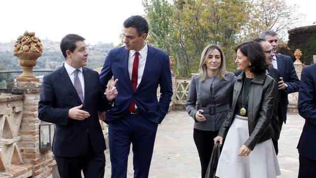 Sánchez y Page firmaron un pacto de no agresión a cambio del «experimento» con Podemos