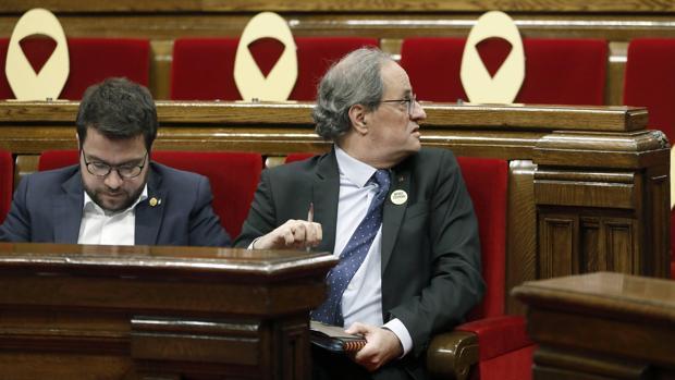 El Gobierno recurrirá ante el TC la resolución del Parlamento de Cataluña contra la Monarquía