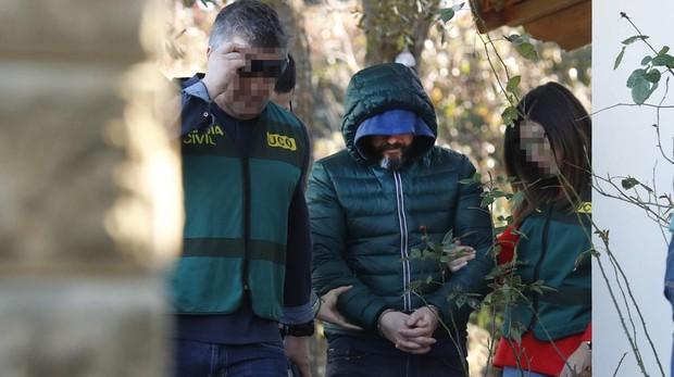 La Guardia Civil sitúa el coche de un sicario en la escena del crimen del concejal de Llanes