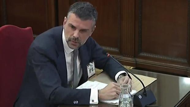 Vila admite contactos con el Gobierno de Rajoy hasta el final para evitar la declaración unilateral