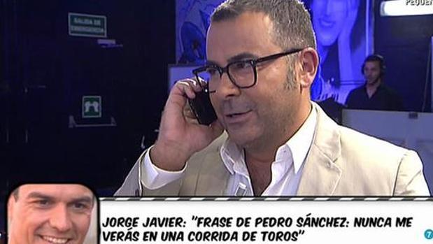 Sánchez defiende la presencia de políticos en Sálvame aunque solo lo vean «mujeres incultas»