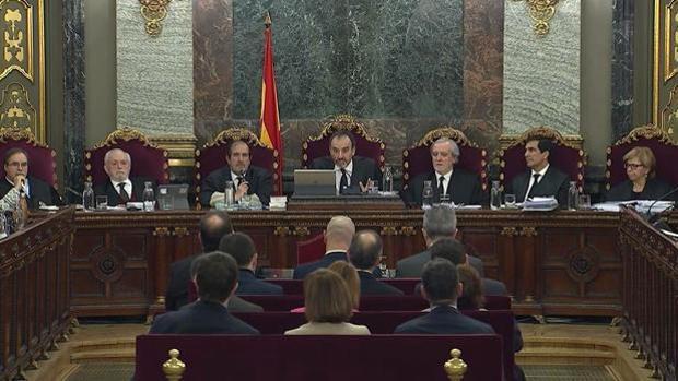 «El tal Toni», un cortafuegos sin rostro al servicio del Gobierno catalán