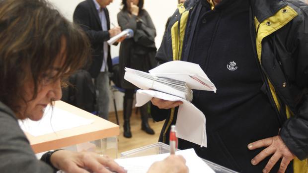 El voto por correo será determinante