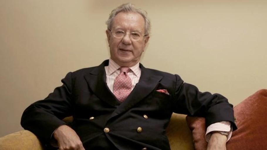 Raúl Morodo, el embajador que negoció la venta de patrulleras a Chávez