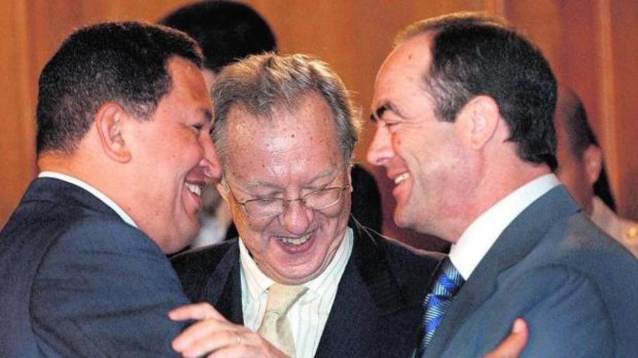 Un castrista en la «corte» de Hugo Chávez