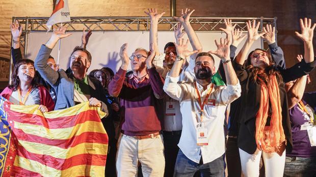 Joan Ribó repite como alcalde de Valencia por 255 votos aliado con el PSOE y Podemos queda fuera del Ayuntamiento