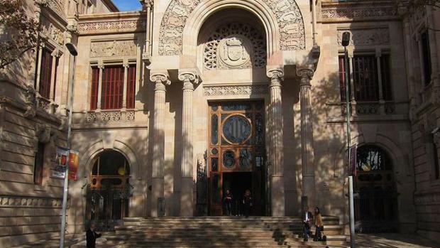 El imán acusado de violar a un niño en una mezquita de Barcelona dejó rastros de ADN en la ropa de la víctima