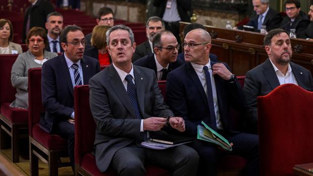La condena por sedición refuerza la estrategia de ERC frente a Puigdemont