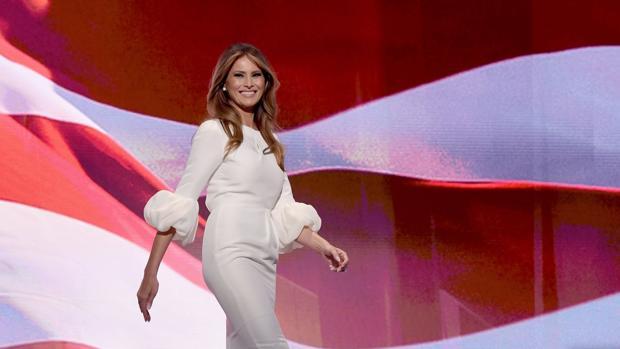 El apoyo de Armani a Melania Trump: «Trato de vestir a mujeres bellas, y ella lo es»
