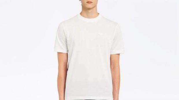 Camiseta blanca de Prada, de 310 euro