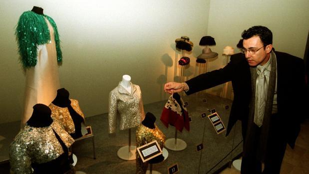 Argilagos en la exposición de Cristóbal Balenciaga de Guetaria del año 2000, donde surgió la idea de crear el museo