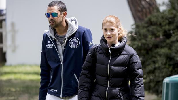 Jennifer Gates y su novio Nayel Nassar, ayer en el Club de Campo Villa de Madrid