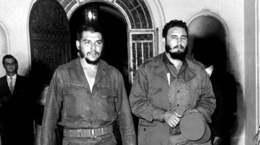 Fidel y el Che, tras tomar el poder