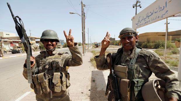 El Ejército iraquí libera el edificio de la administración local de Faluya