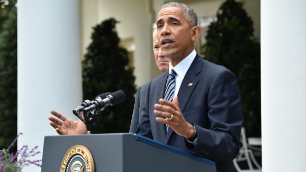 Obama agradece a Clinton su «extraordinaria vida de servicio público»