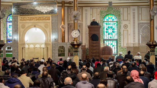 Bélgica expulsa a Arabia Saudí de la principal mezquita de Bruselas