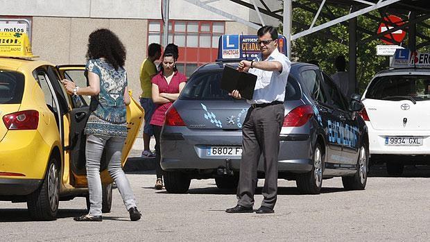 Mejores autoescuelas estas son las autoescuelas de - Jefatura provincial de trafico madrid ...