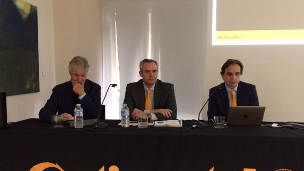 Emilio de Villota y Jon Ander García, director general de Continental España y Portugal