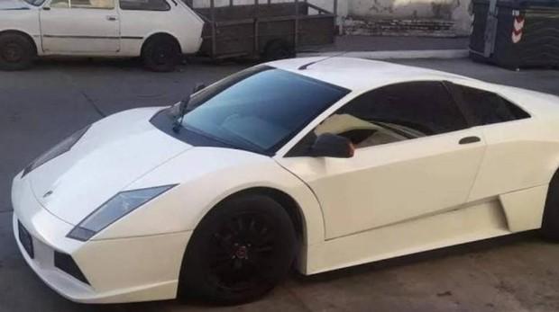 Fotografía de cómo quedó el Lamborghini