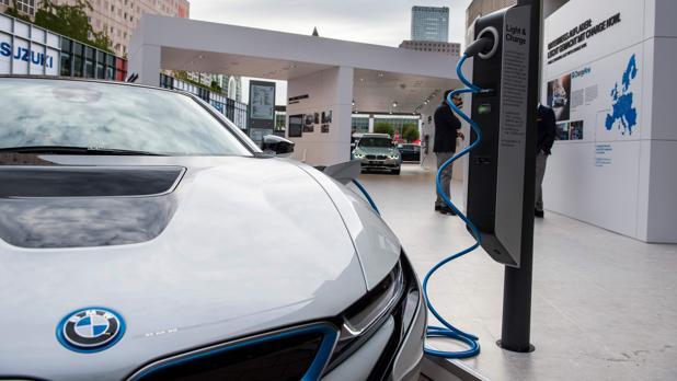 Ahorrar, entre los principales motivos de quien busca un coche eléctrico