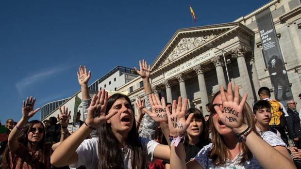 Millones de jóvenes piden «justicia climática» a los políticos