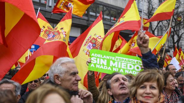 Por la dignidad de España