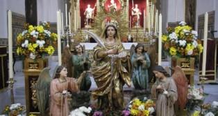 Ángeles de la Cena escoltan a Santa Lucía en su besamanos