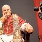 La Estrella organiza una exposición en el Mercantil dedicada a San Juan Pablo II