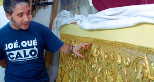 Paleteiro: «Mi sueño es hacer una túnica para el Señor del Gran Poder»