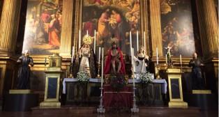 Los titulares del Valle en el altar mayor de la Anunciación