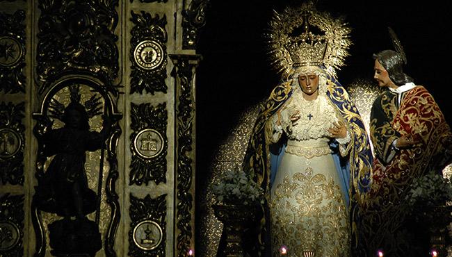 Virgen de la Amargura y San Juan Evangelista / JOSÉ JAVIER COMAS RODRÍGUEZ