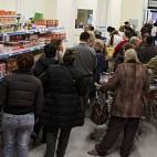 Más de 700 familias fueron atendidas al mes en el economato del Casco Antiguo