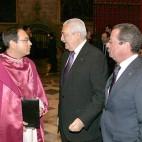 Teodoro León conversa con Carlos Bourrellier y Manuel Nieto