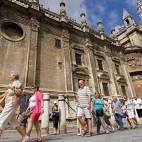 Colas para visitar la Catedral de Sevilla