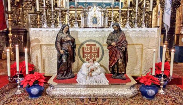 San José y la Virgen (Montañés) junto al Niño Jesús, foto hermandad del Silencio.